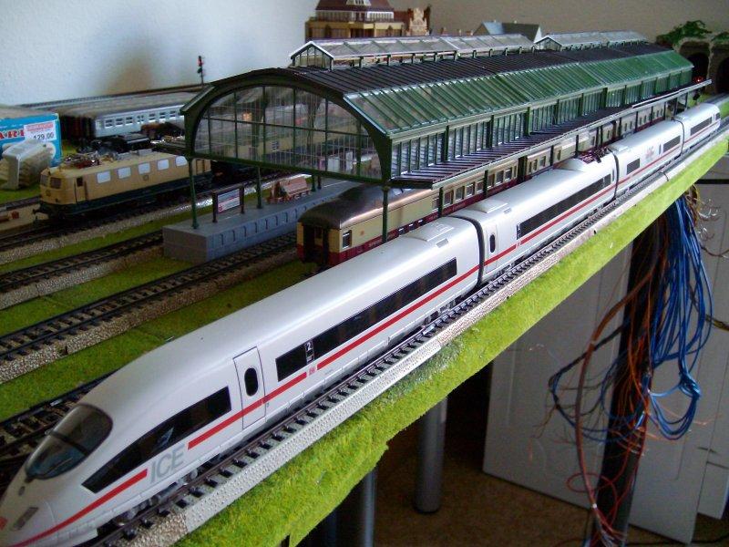 Modelleisenbahn h